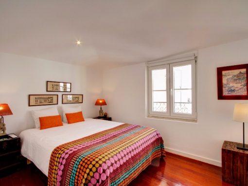 Terrace apartment in Alfama w/ Aircon