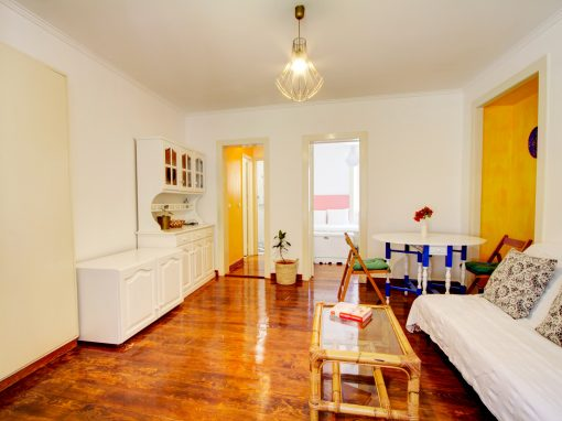 Comfortable 1 bed – Live like a local !